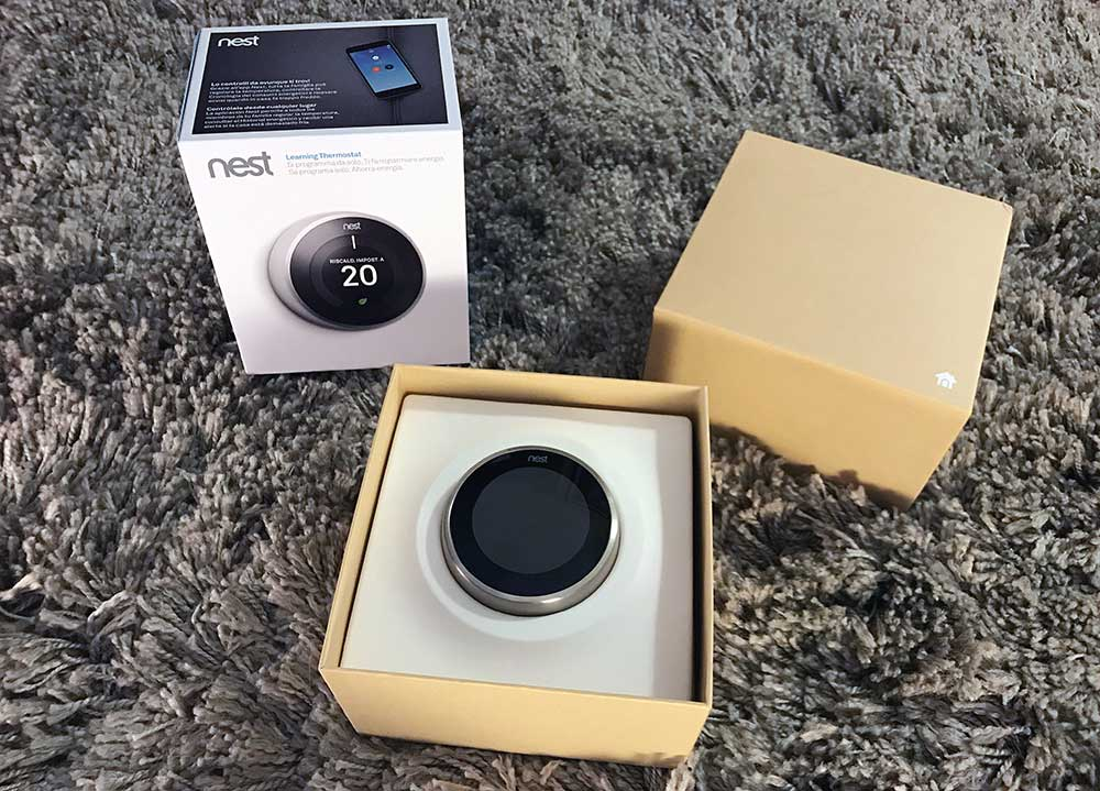 NEST Learning Thermostat V3 - Unboxing